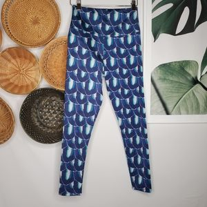 Onzie Flow Blue Petal Print Yoga Leggings S/M